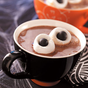 marshmallow-hot-chocolate-halloween=treats